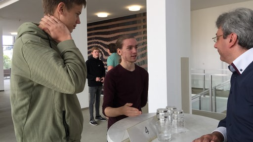 Speed dating Aschersleben heute sensibel Finale